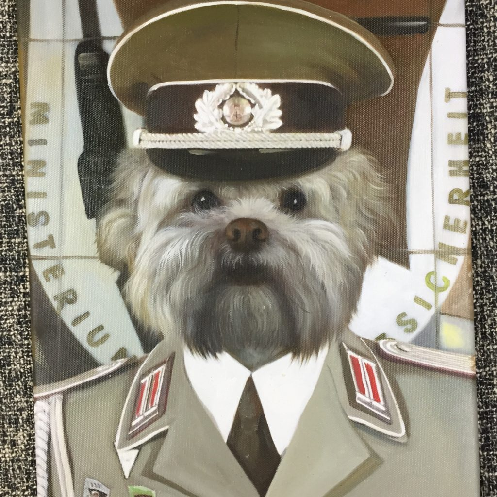 dog portrait commander